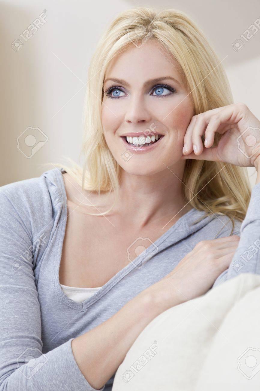 Sobre cómo maquillar la piel y elegir (mejor) el tono de barra de labios y sombra de ojos