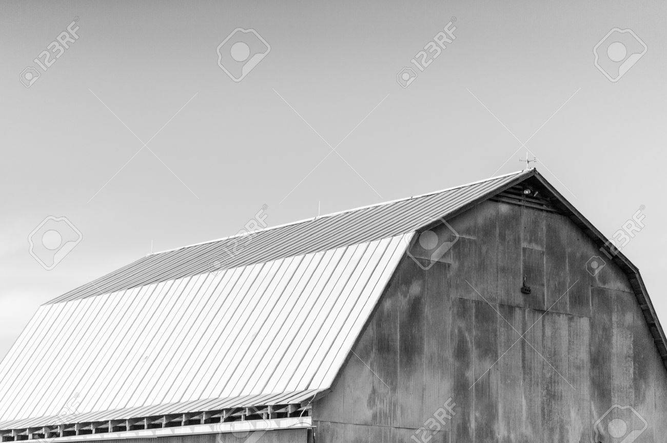 Old Barn In Black And White Stock Photo