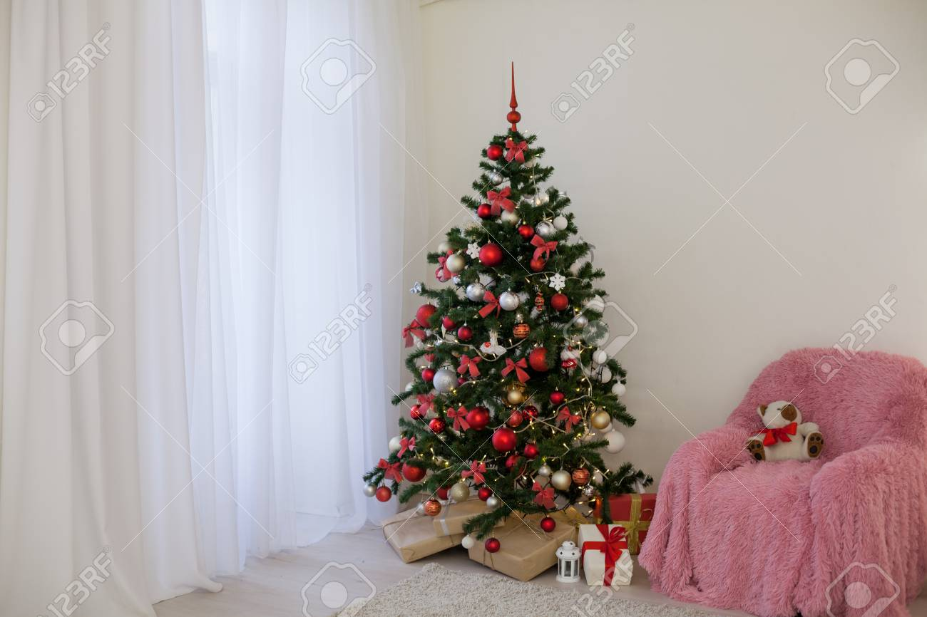 Buy Christmas great tree with presents and lights picture trends