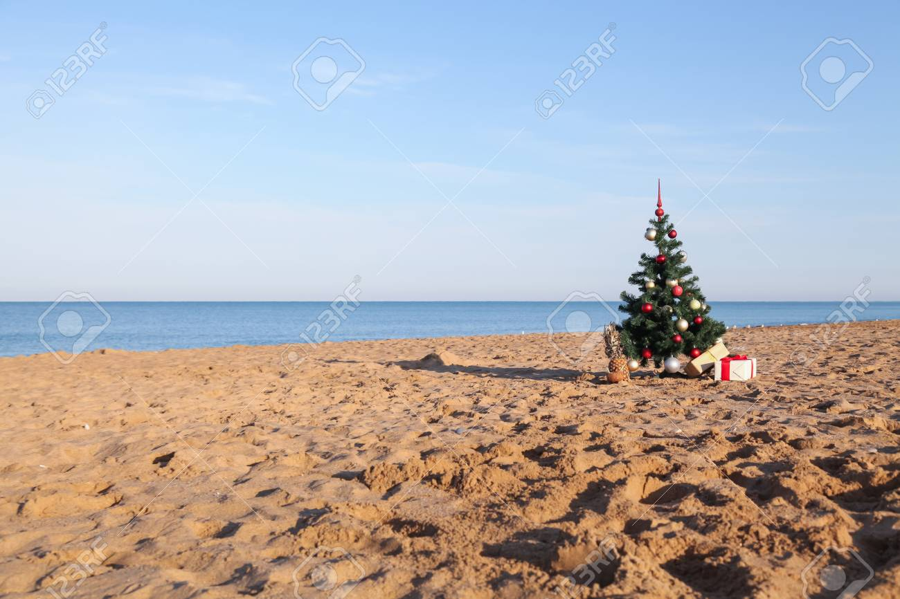 Beach Christmas.New Year Gifts For Christmas At The Beach Beach Resort