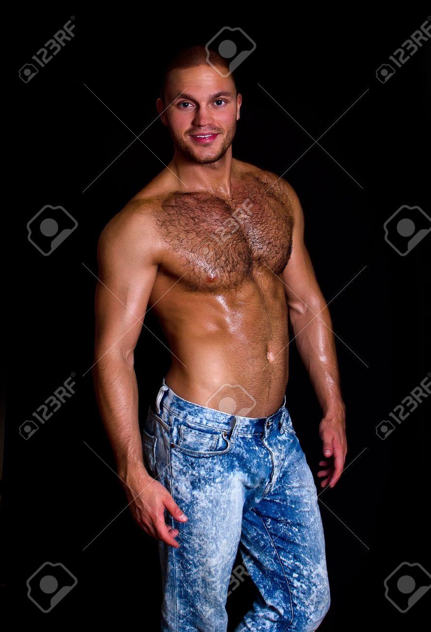Смотреть на мускулистых парней 3 фотография