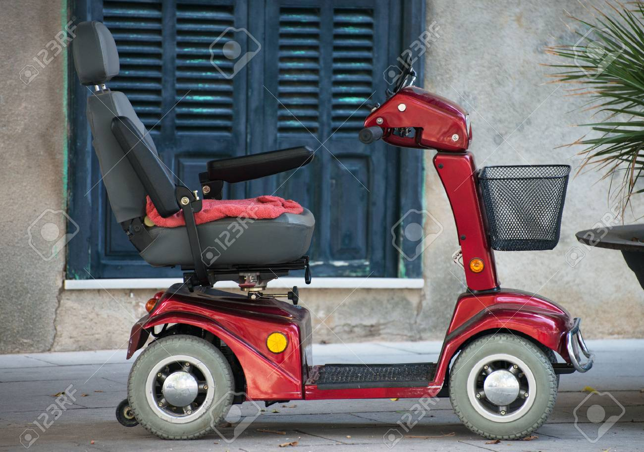 Motorized wheelchair car for disabled people. - 72195878