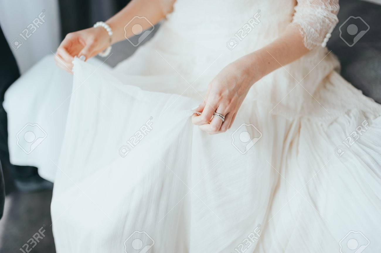 Großzügig Binden Die Knoten Brautkleider Ideen - Brautkleider Ideen ...