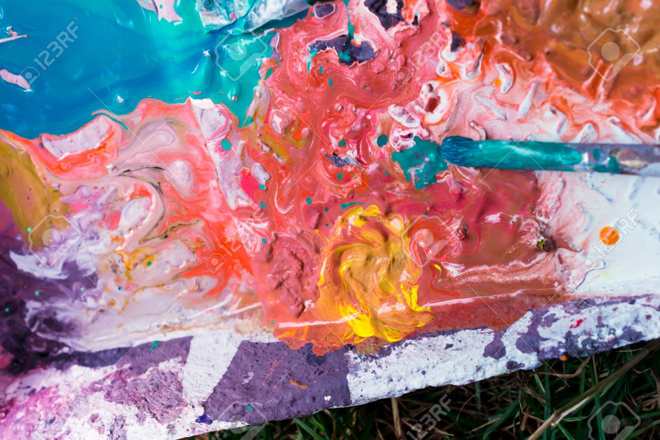 palette with paints - 88297474