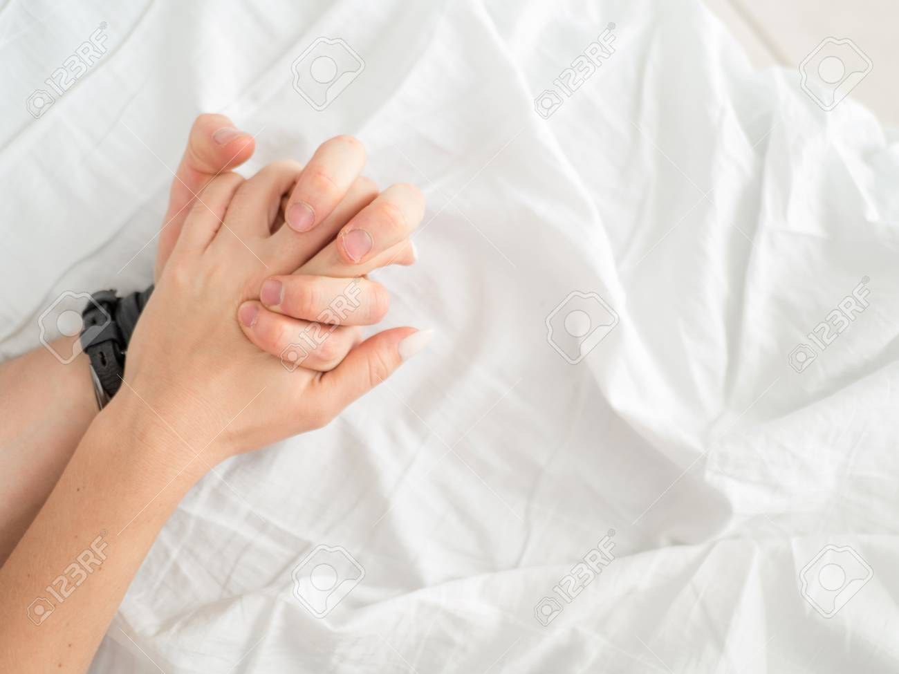 holding hands during sex