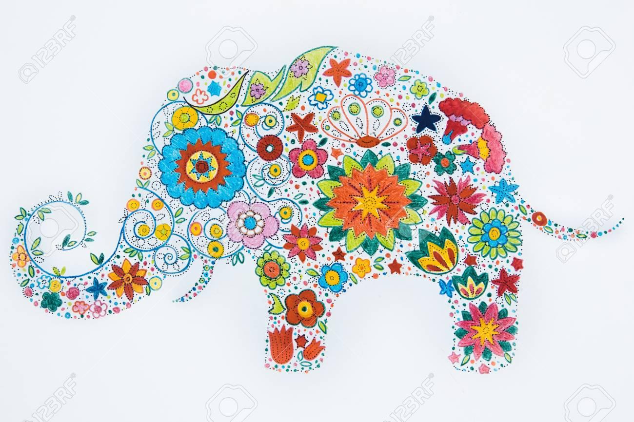 Skizze Der Schönen Elefanten Aus Blumen Auf Einem Weißen Hintergrund ...