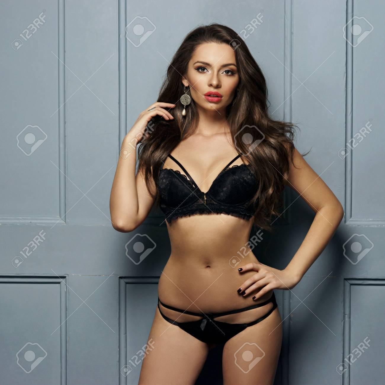 f3d34fb19d7 Half Body Portrait Of Attractive Female Model With Slim Figure ...