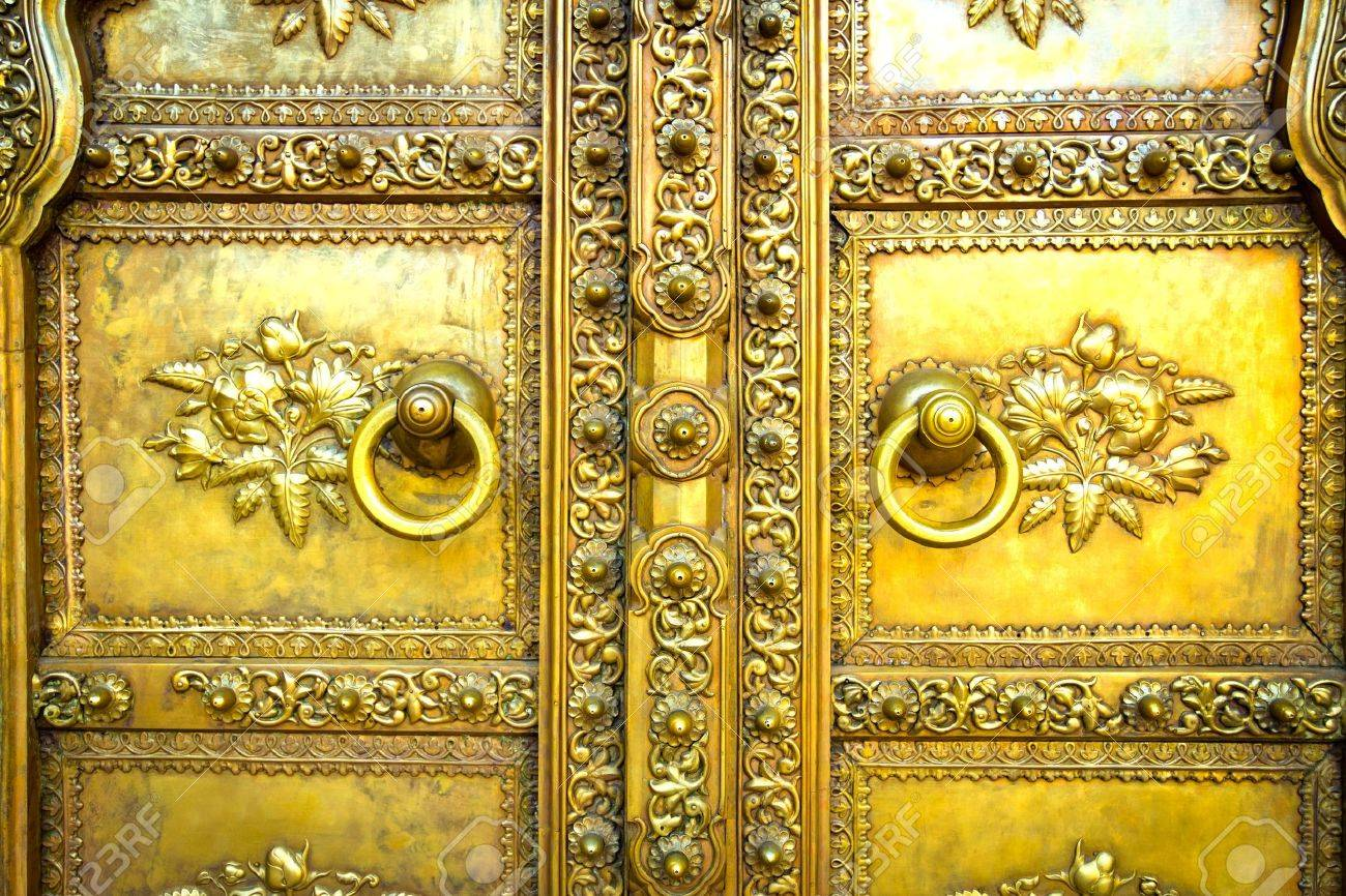 Golden door in City Palace Jaipur India Stock Photo - 16790019 & Golden Door In City Palace Jaipur India Stock Photo Picture And ... Pezcame.Com