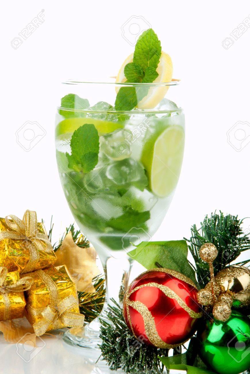 Mojito Party Club Cocktail Mit Minzeblätter, Wodka, Kalk, Einfache ...