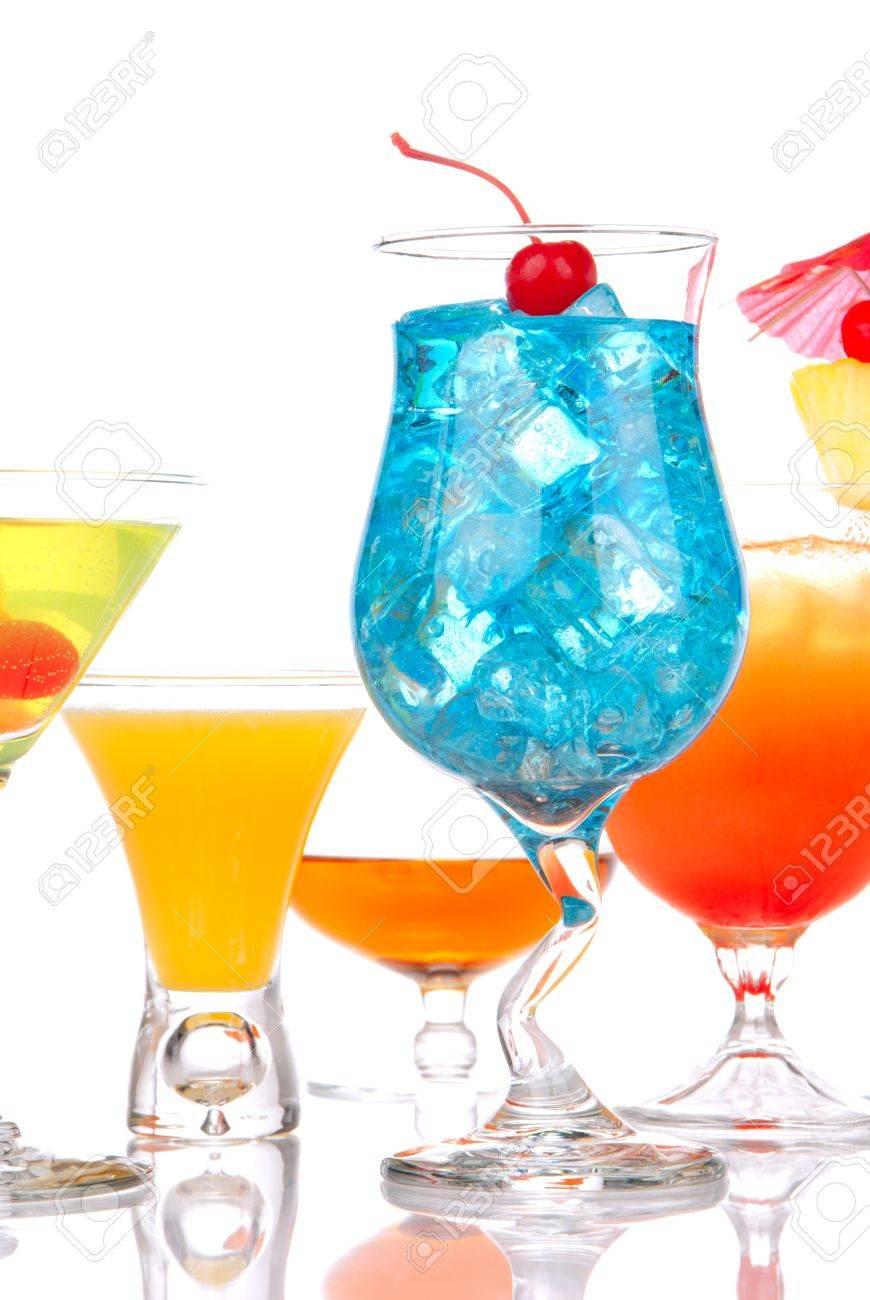 Various Beliebte Cocktails Gallery Of Viele Cocktail Drinks Mit Alkohol. Fünf Verschiedene