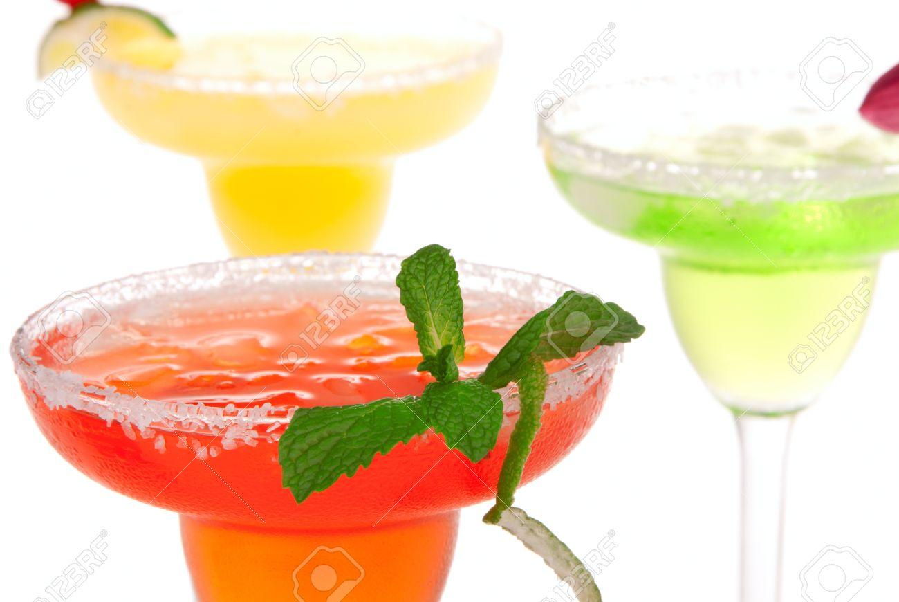 Beliebte Margaritas Cocktails Zeile. Erdbeere, Limette, Minze Und ...