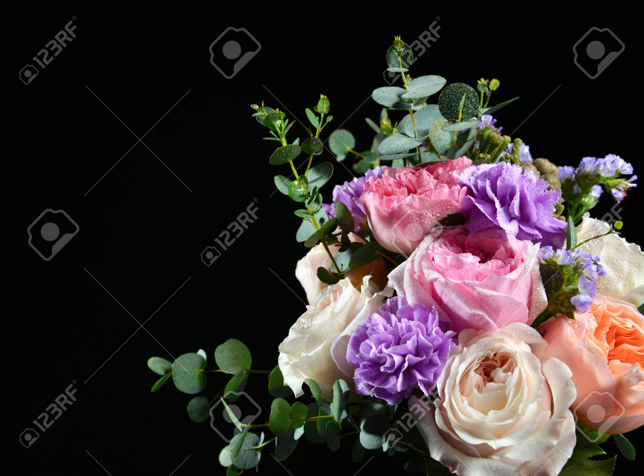 Beautiful bouquet of bright white pink purple roses flowers with beautiful bouquet of bright white pink purple roses flowers with green leafs on black background stok izmirmasajfo