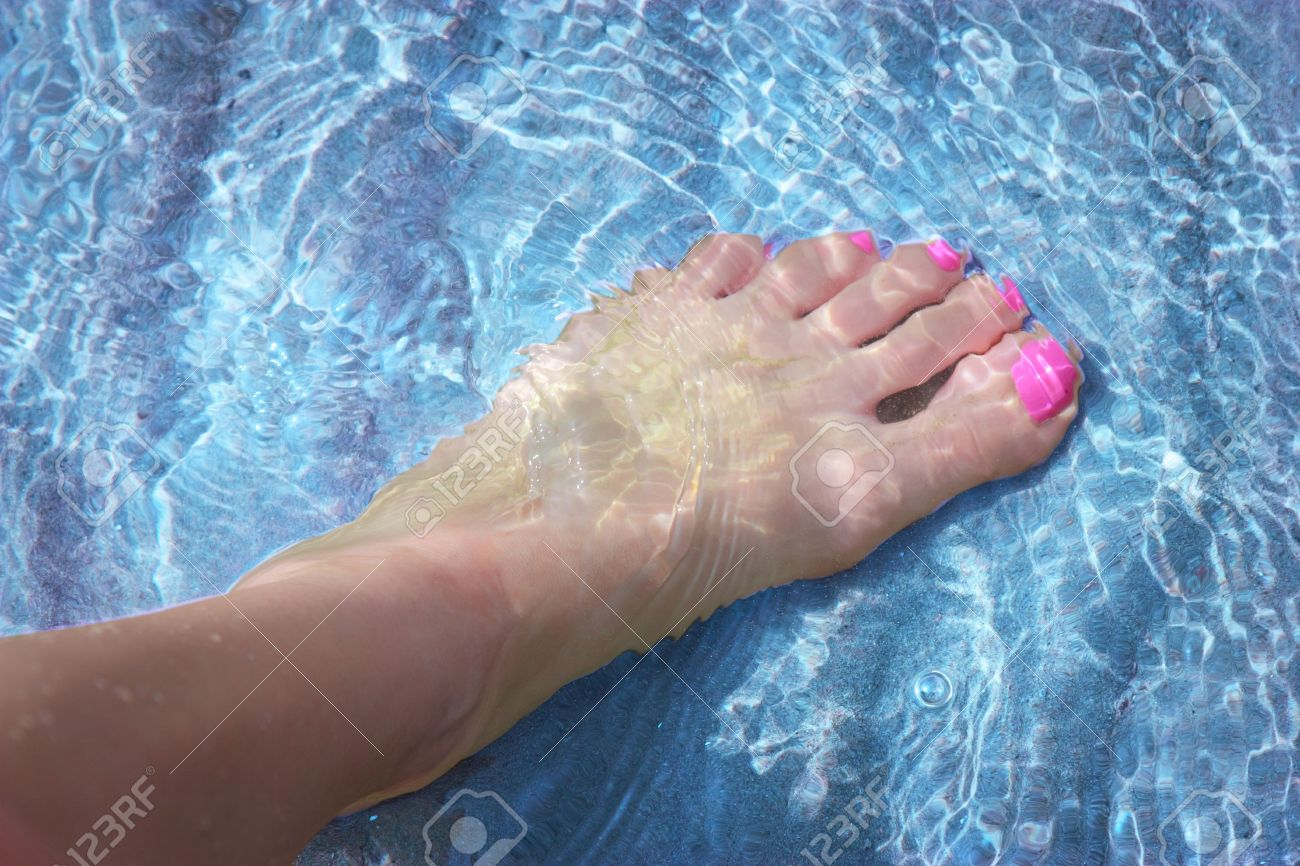 Light skin girl feet