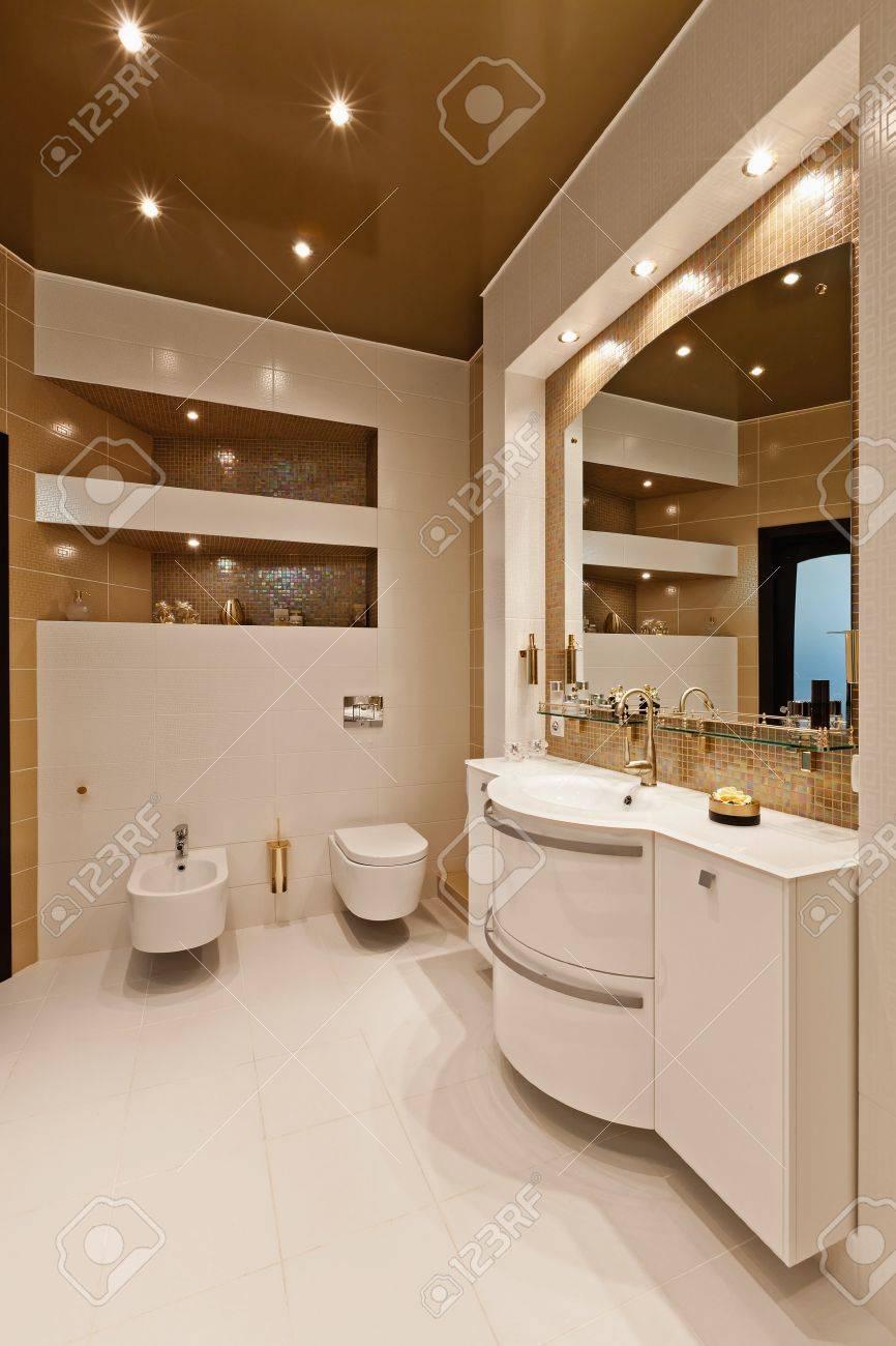 beautiful modern apartment interior Stock Photo - 10267875