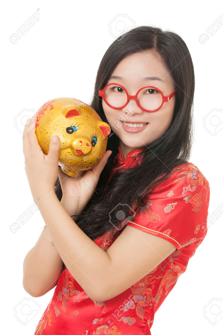Belle Femme Connue belle femme chinoise vêtue d'une robe traditionnelle connue sous le