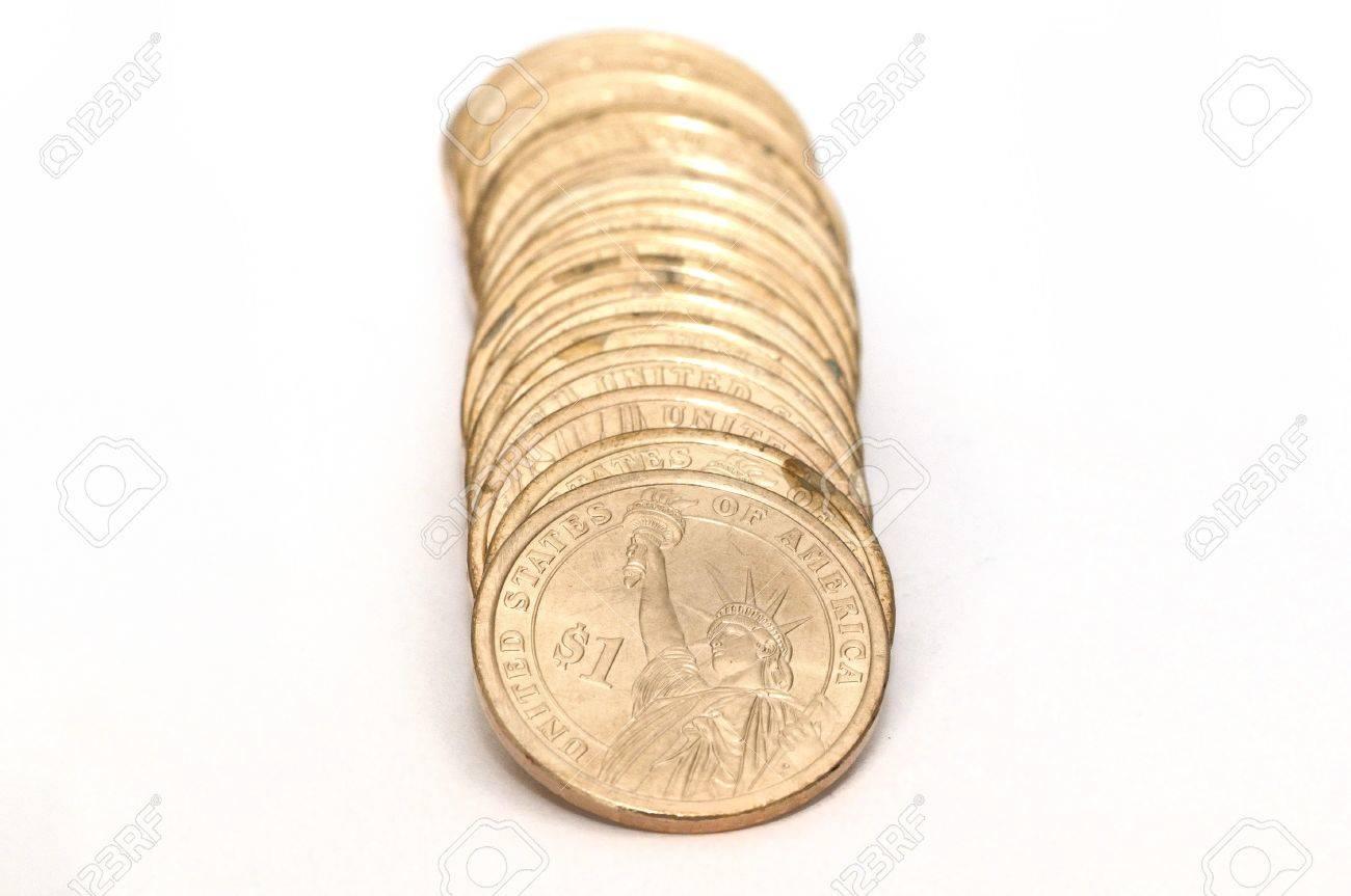 1 Us Dollar Münzen Die Isoliert Auf Weissem Grund Zurück