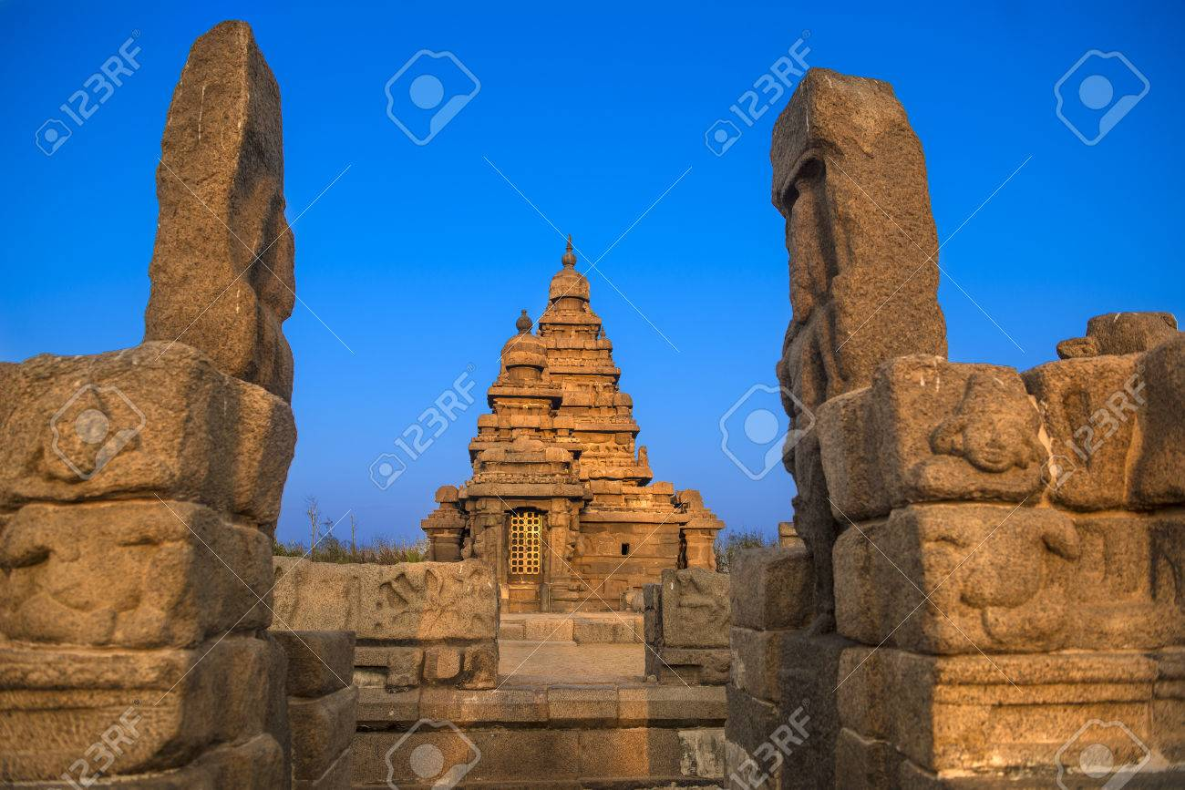 Shiva temple on the shore of bay of bengal built by the pallava