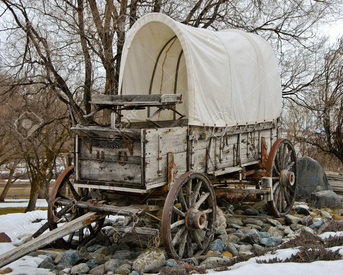 Covered Wagon At Farewell Bend State Park In Eastern Oregon Stock ...