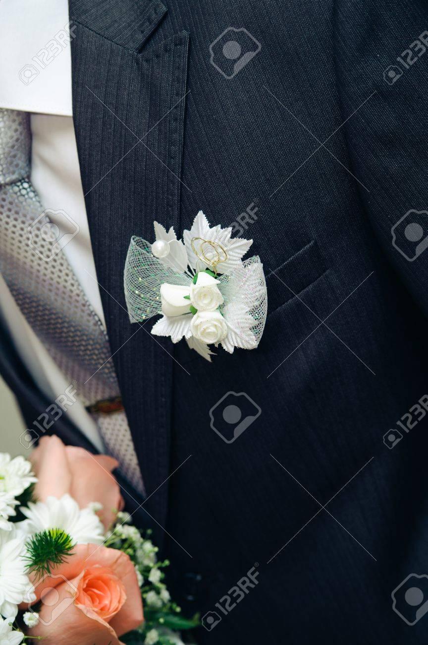 Posy Mit Rosen Auf Brautigam Anzug Hochzeit Schmucken Suit