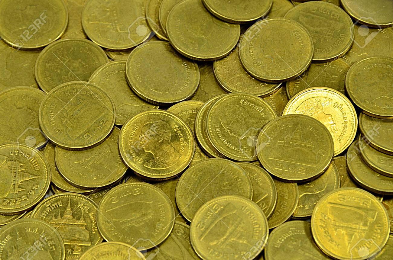 2 Baht Gold Thai Münze Lizenzfreie Fotos Bilder Und Stock