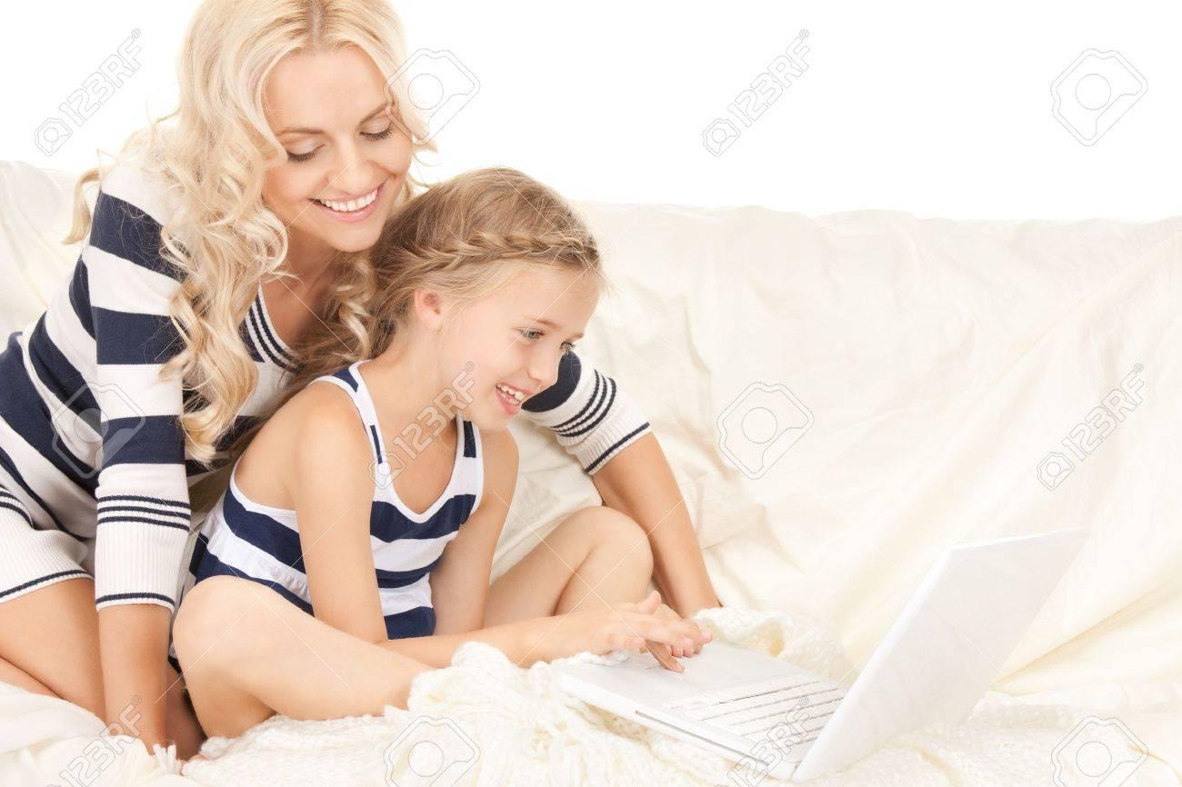 Мама и дочка онлайн 25 фотография