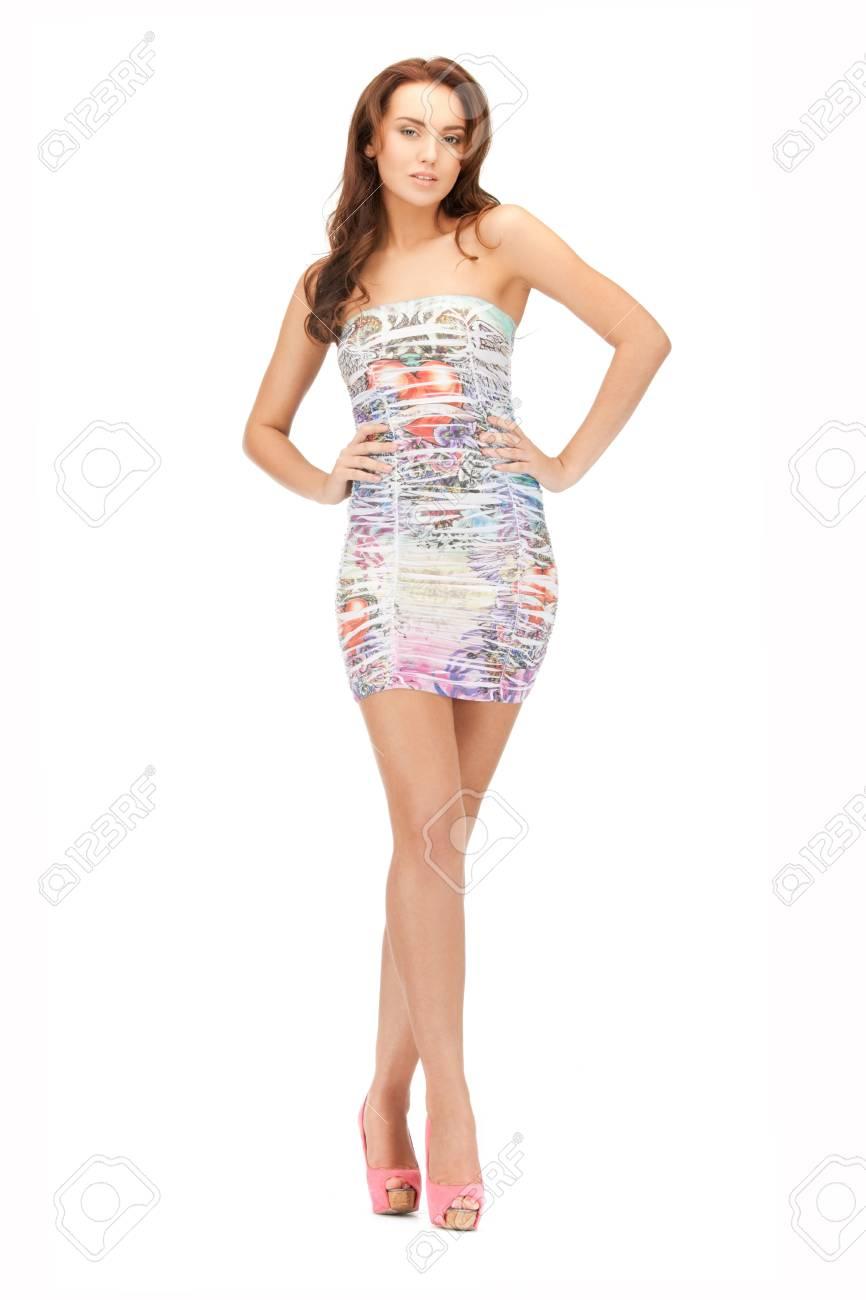 3bf7069daa1 Image Lumineuse De Belle Femme En Robe élégante Banque D Images Et ...