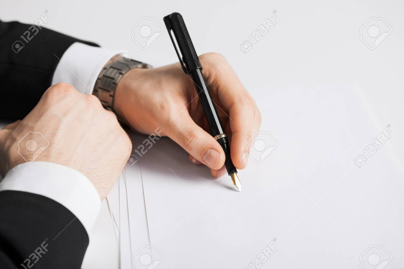 picture of businessman writing something on the paper Stock Photo - 20112367