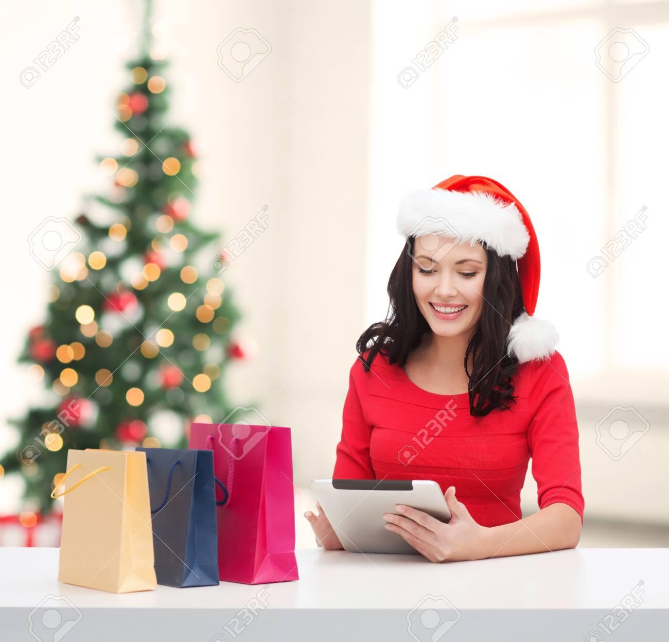 Weihnachten, Weihnachten, Online-Shopping-Konzept - Lächelnde Frau ...