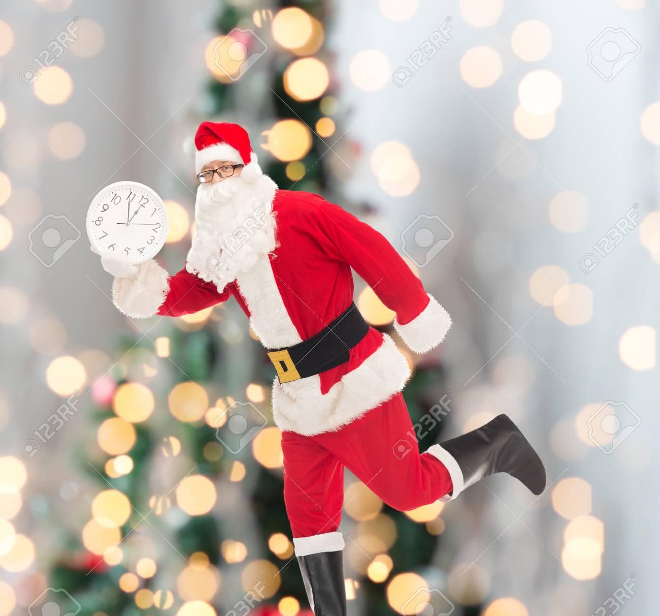 Weihnachten, Feiertage Und Leutekonzept - Bemannen Sie Im Kostüm Von ...