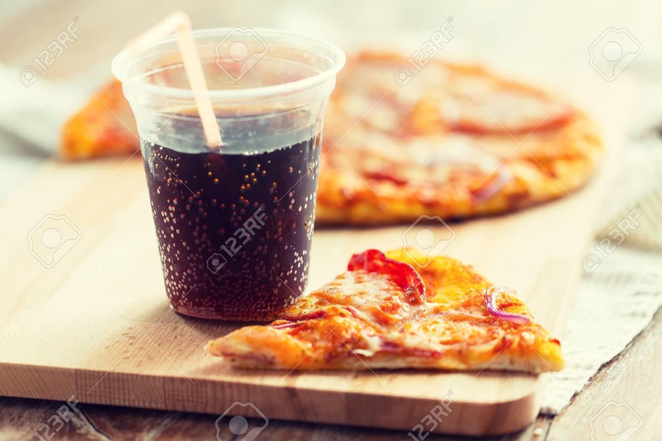 Fast Food, Italienische Küche Und Essen-Konzept - In Der Nähe Mit ...