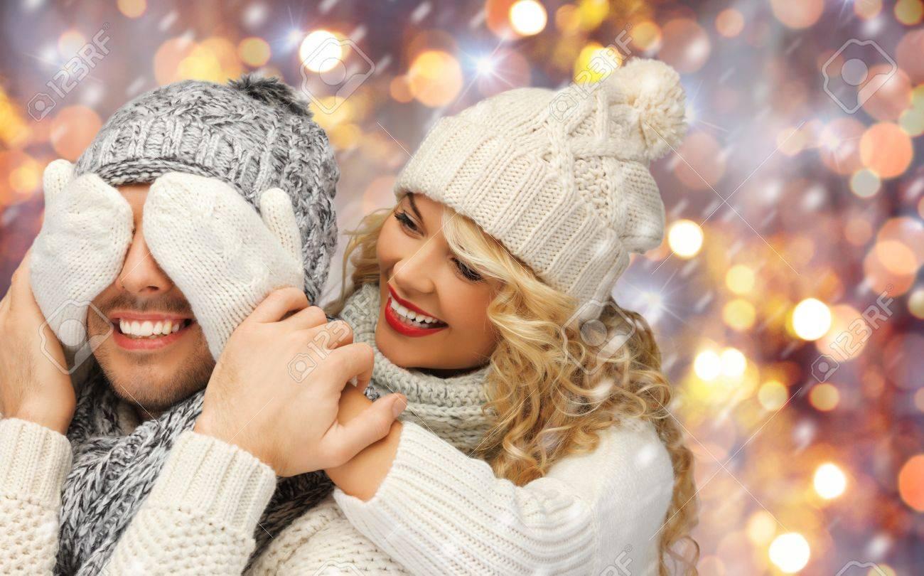 La Gente La Navidad Y Ano Nuevo Concepto La Familia Feliz Pareja