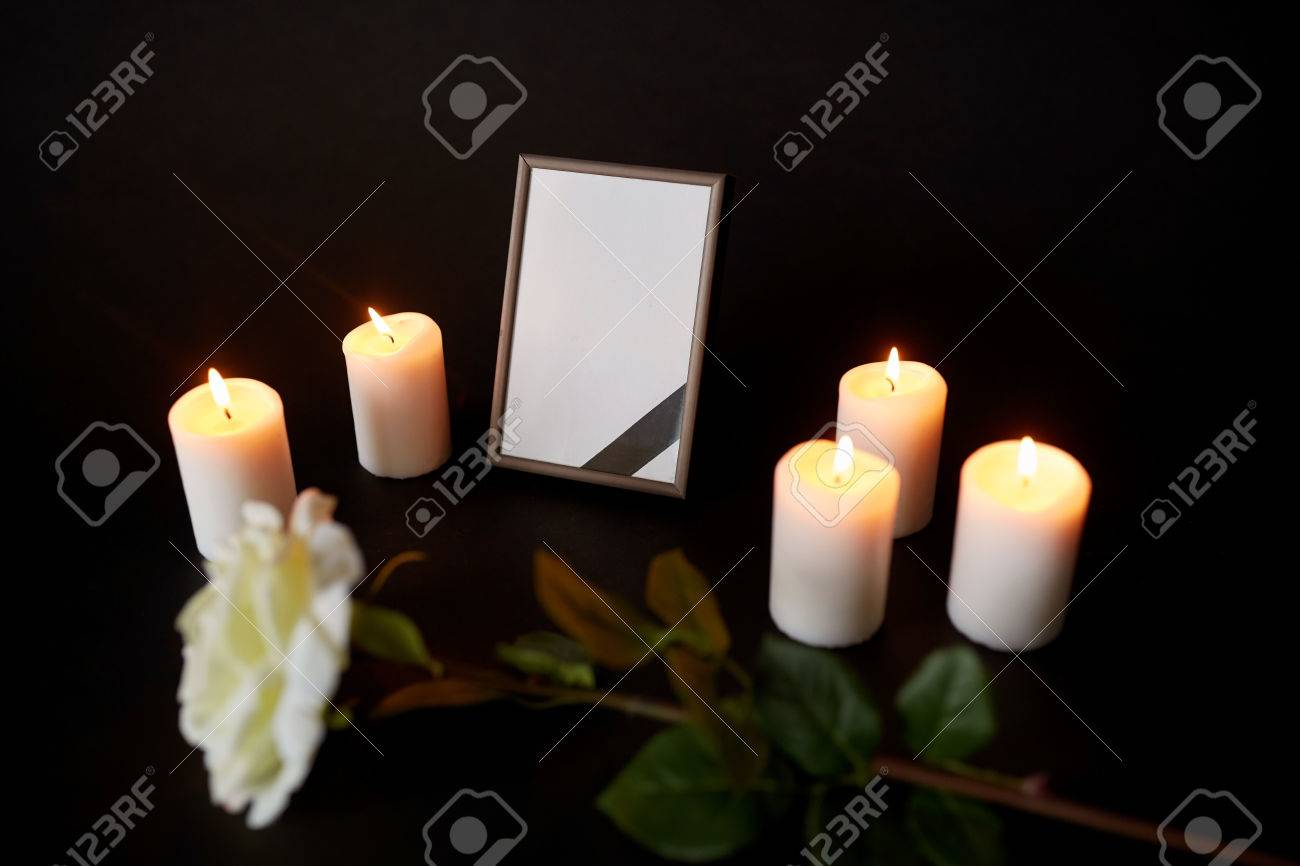 Brand-new Funeral And Mourning Concept - Photo Frame With Black Ribbon  TQ17