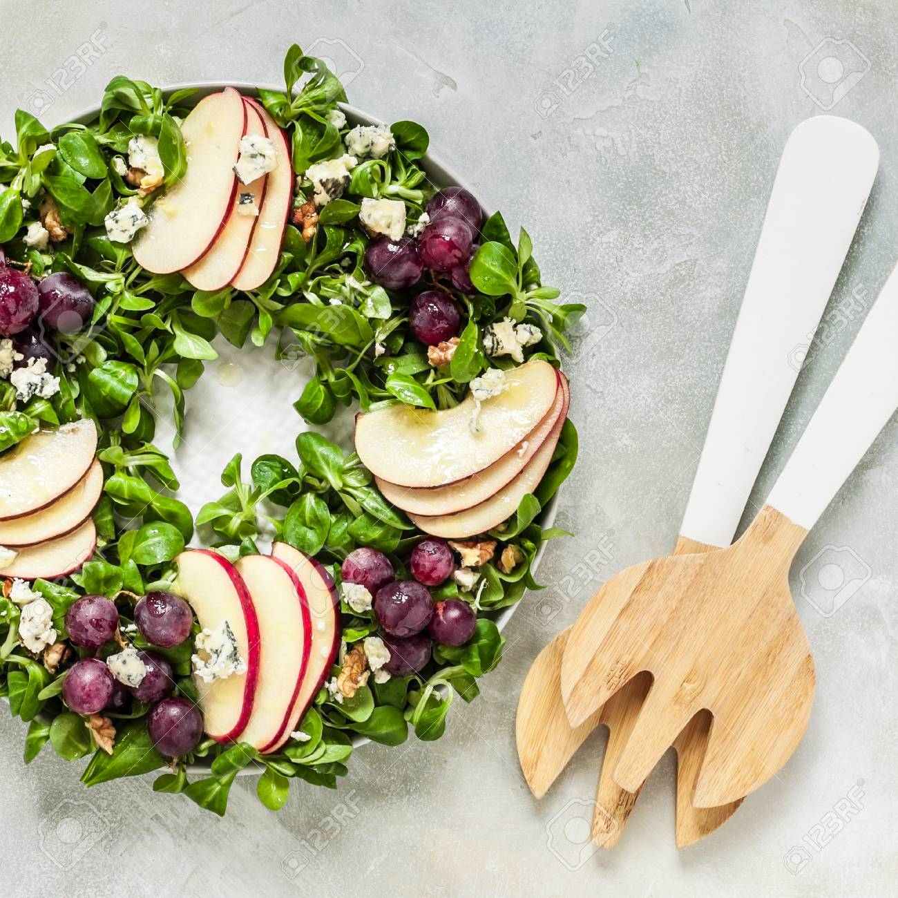Christmas Wreath Salad Spinach And Corn Salad Apple Blue Cheese
