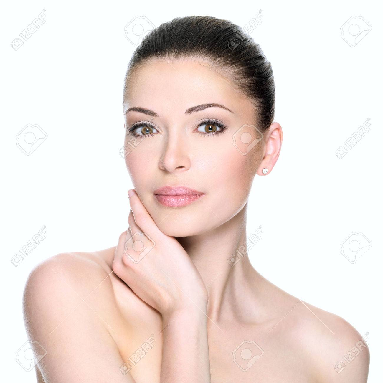 Adult woman with beautiful face - isolated on white. Skin care concept. Banque d'images - 53558934