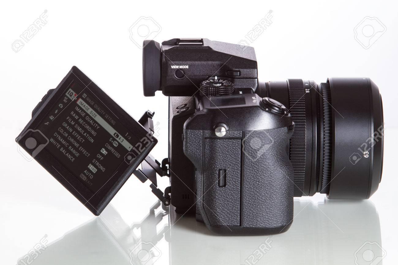 Fujifilm GFX 50S, 51 megapixels, medium format sensor digital