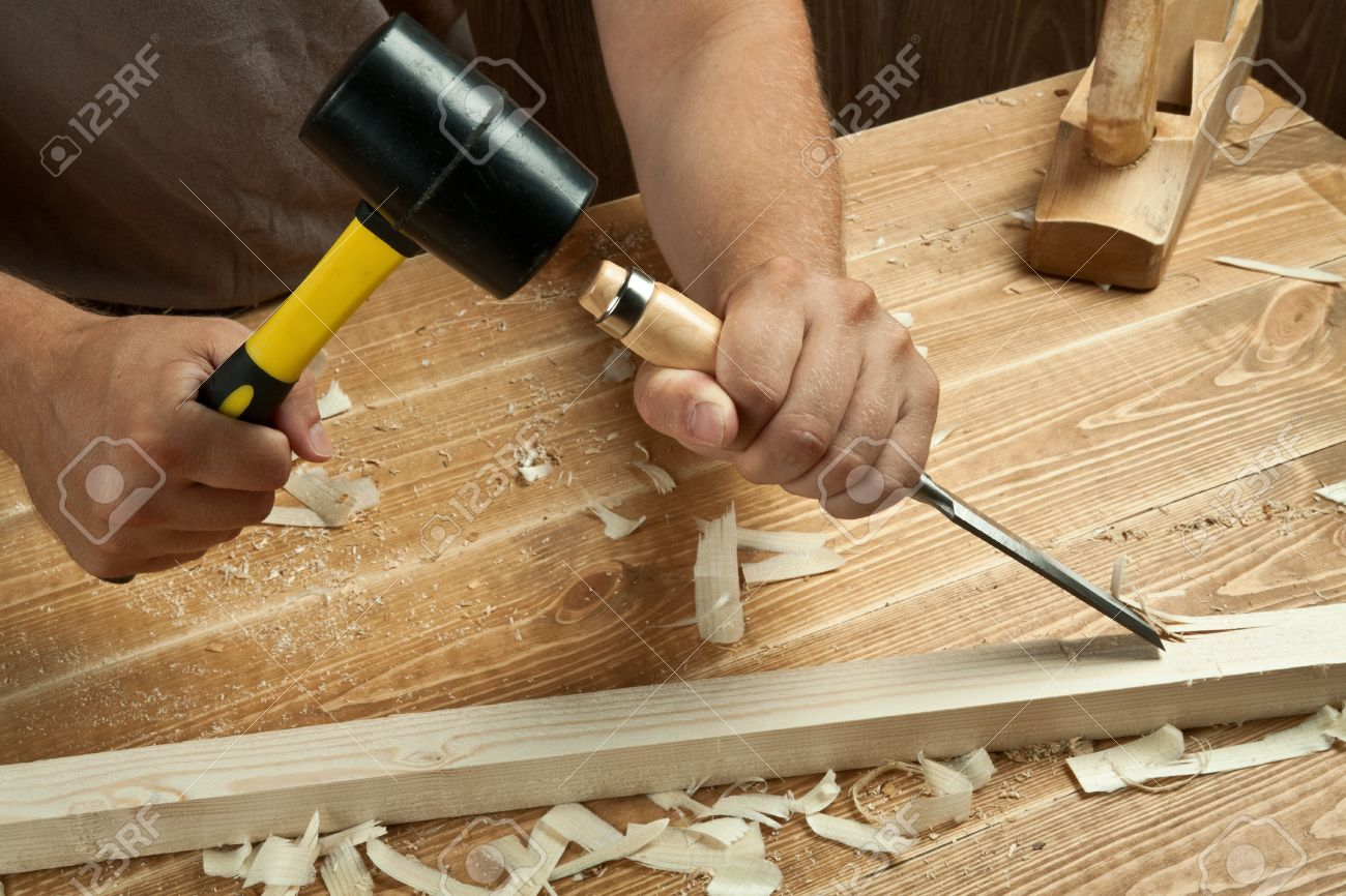 How to work a chisel on wood 20