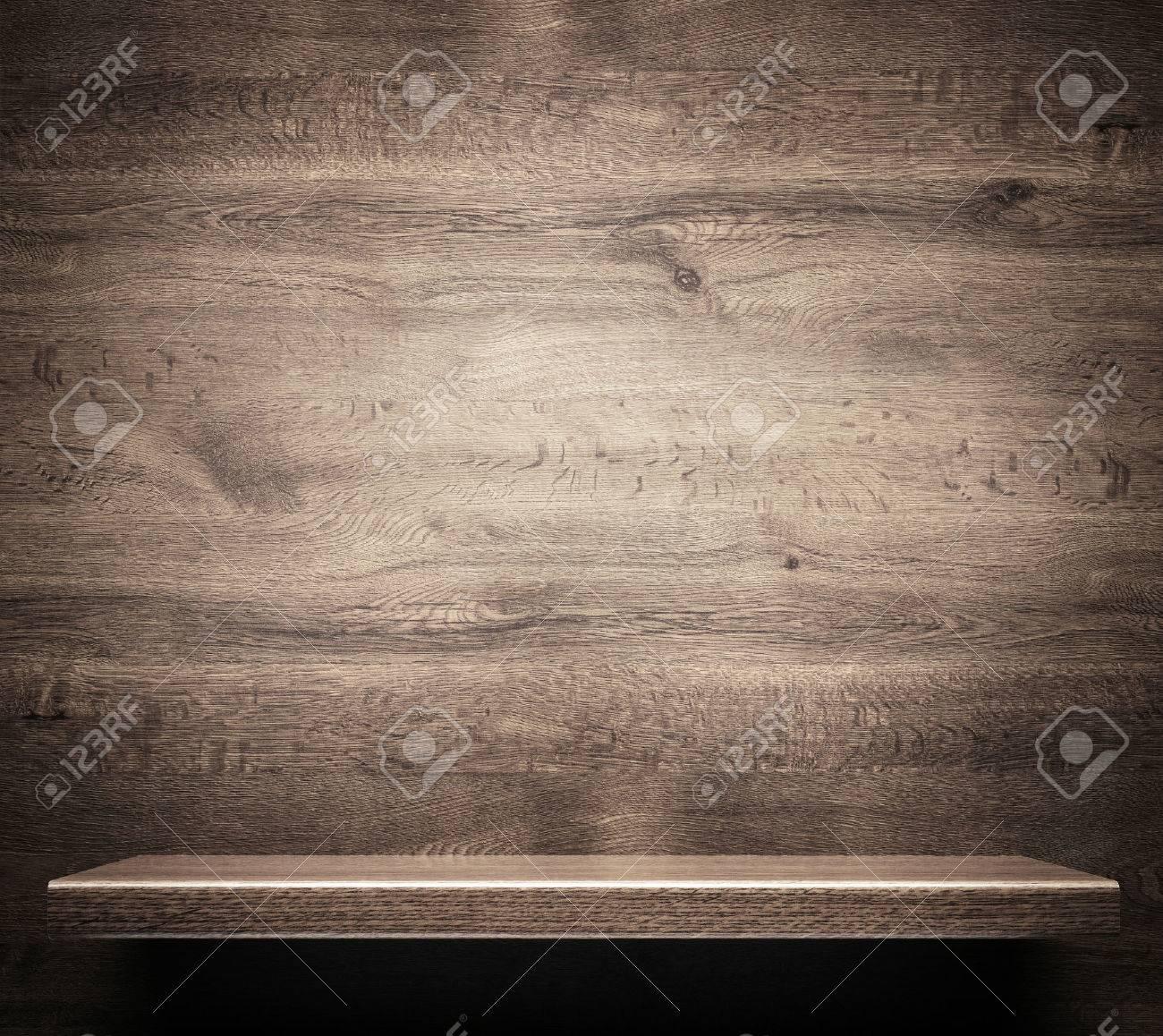 Wooden shelf Stock Photo - 30409746