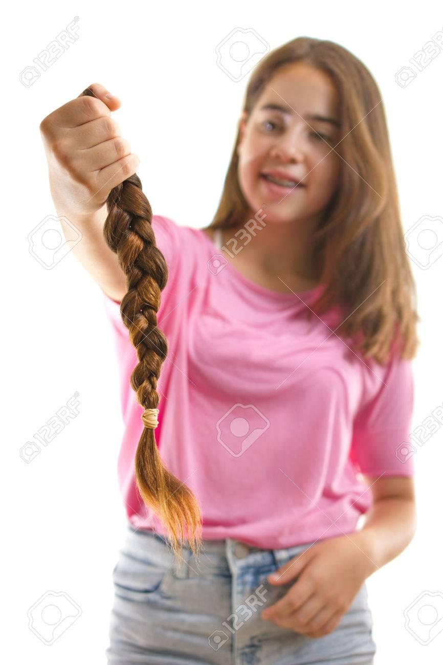 Teenager Mädchen In Rosa Spenden Ihre Haare Für Krebspatienten