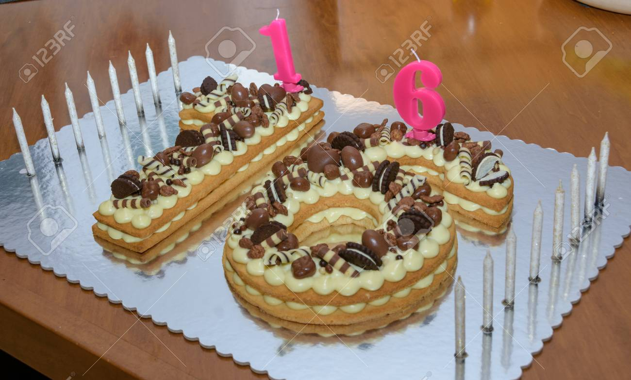 Magnificent Original Sweet Sixteen Birthday Cake Decorated With Chocolate Funny Birthday Cards Online Barepcheapnameinfo