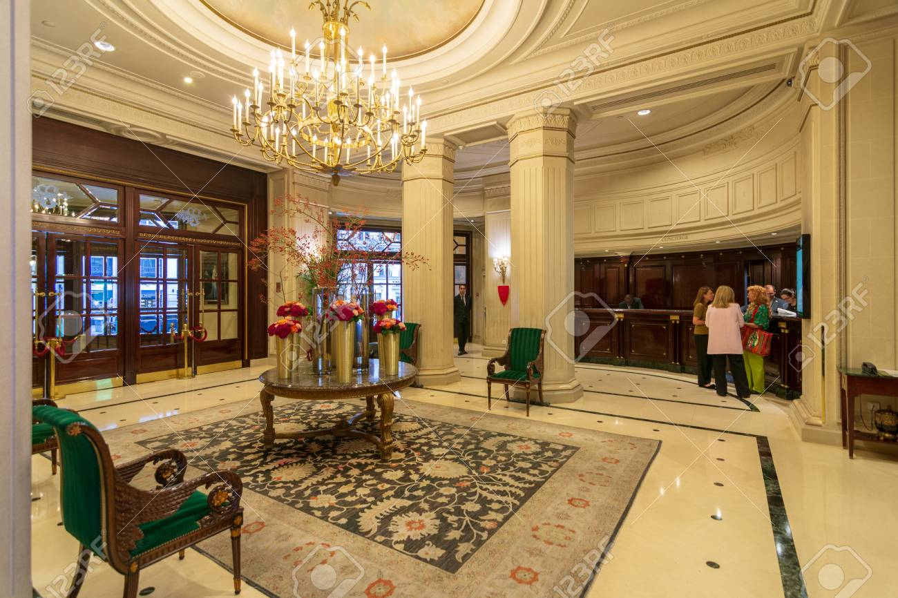 Paris Sept 24 2018 Lobby Of The Famous Intercontinental Le Stock Photo Picture And Royalty Free Image Image 133265286