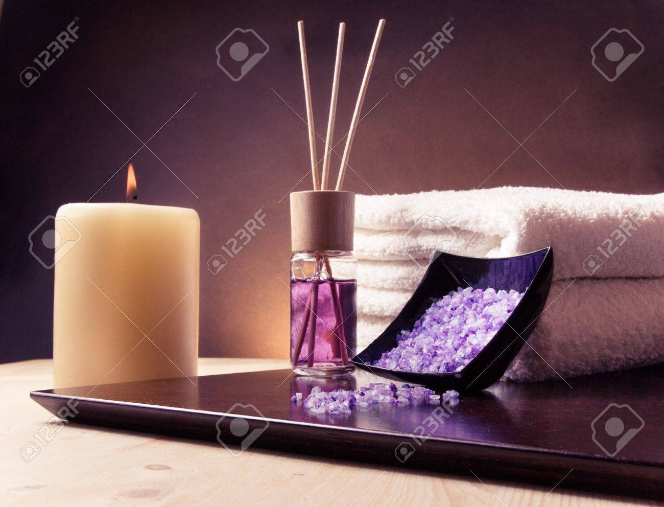 Spa massage border background with towel stacked, perfume diffuser and sea salt, violet gradient background - 29035809