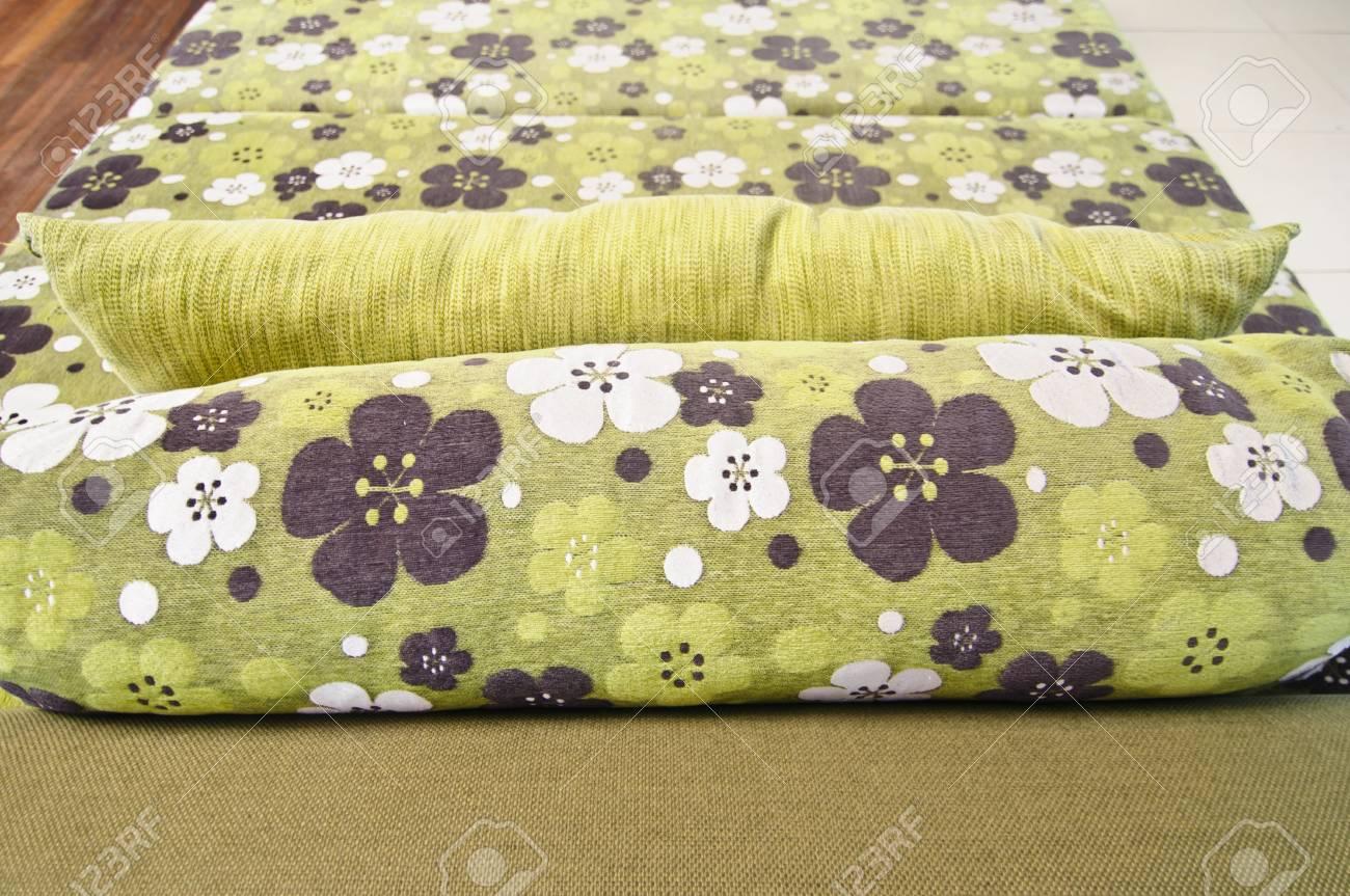 Green sofa flower pattern living room Stock Photo - 16210964