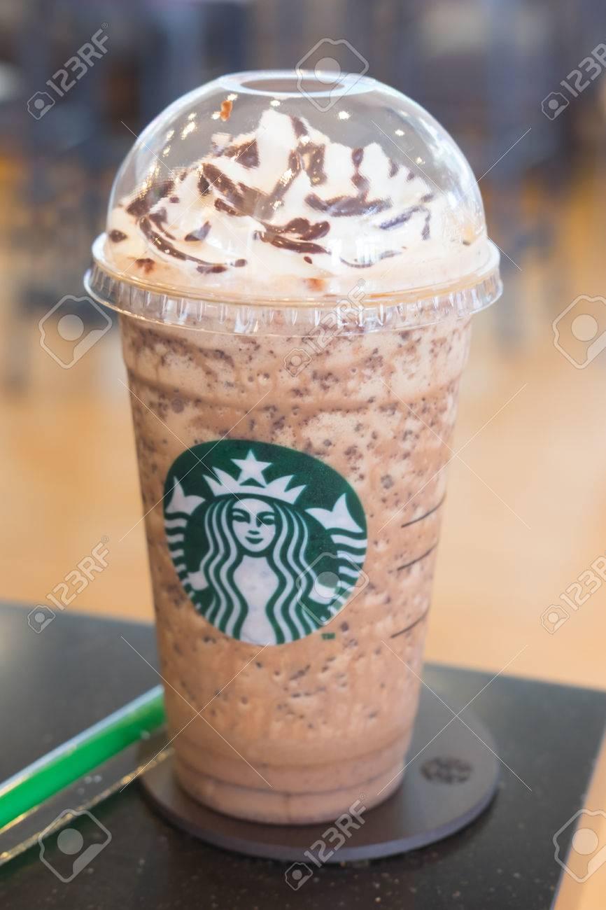 Samutprakarn, Thailand - 21. Mai 2016: Glas Kaffee Starbuck Eis ...