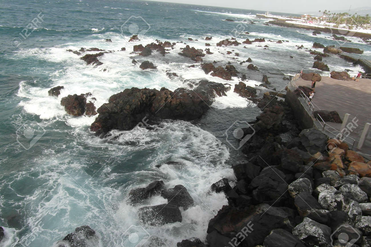 Canary Islands, Tenerife. It belongs to Spain, but has a completely different nature and wonderful architecture. - 151002140