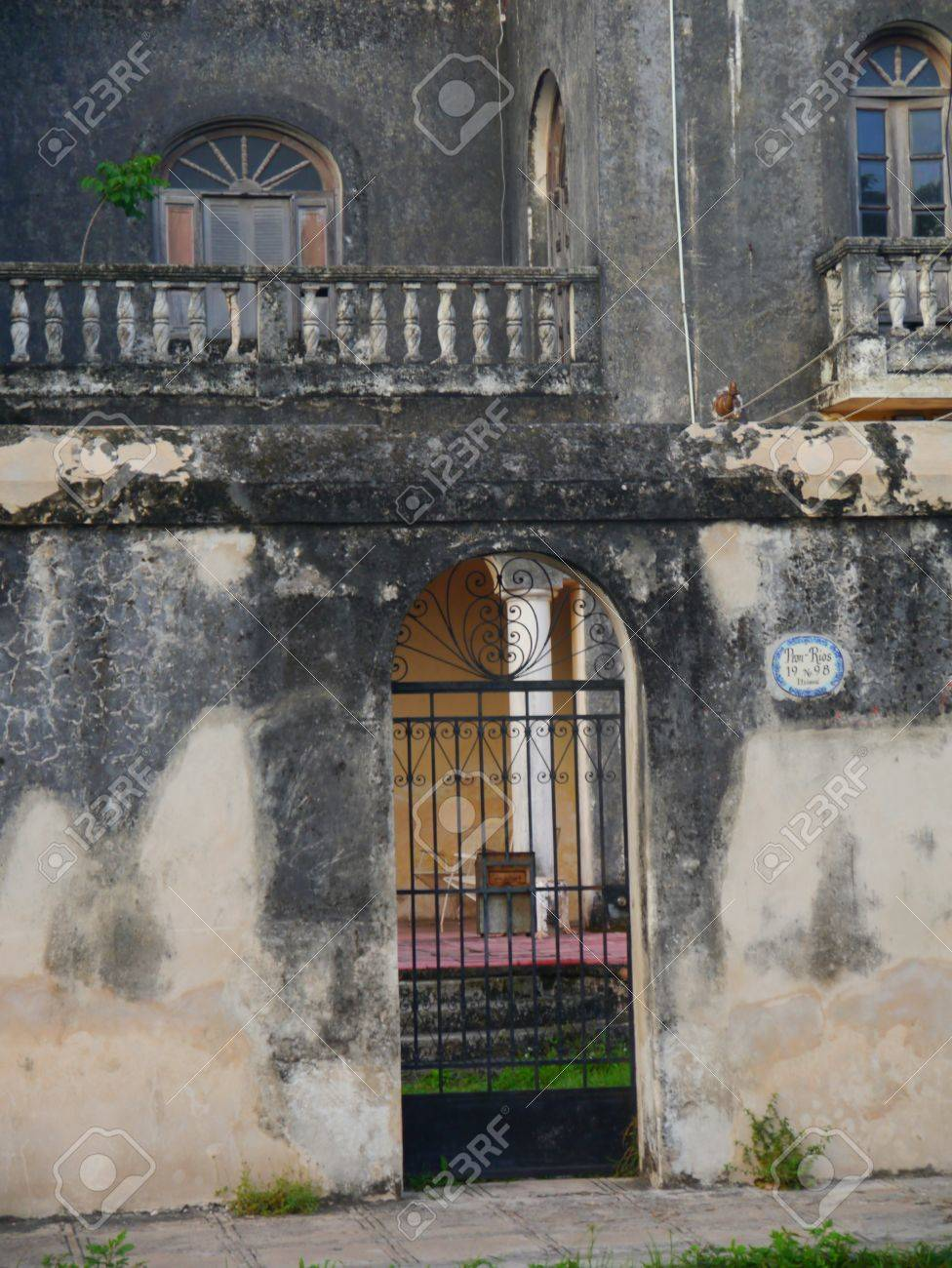 mexico houses colonial old style merida stock photo 42534660 - Old Style Houses