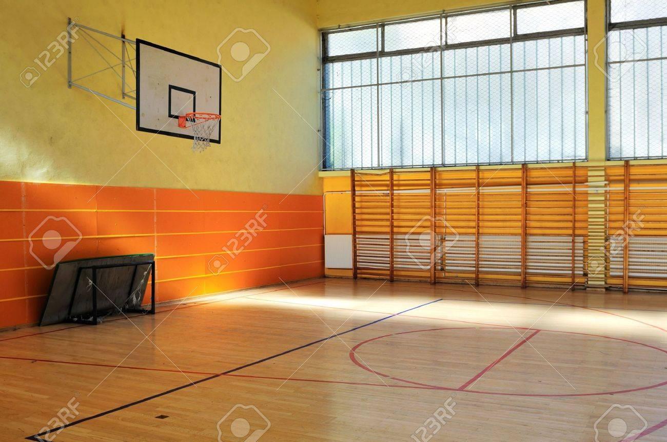 elementary school gym indoor Stock Photo - 6118468