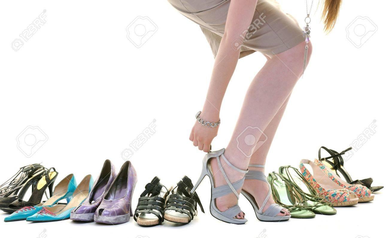 Buy Women's Footwear online @ best price on Snapdeal. Shop online for Women's sandals, slippers, heels, pumps, ballerina shoes, ethnic & formal footwear
