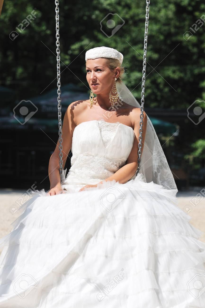 Großartig Kubanische Brautkleid Bilder - Hochzeitskleid Für Braut ...