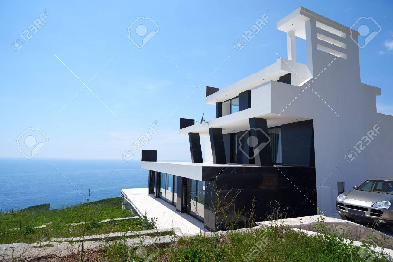 Colori Case Moderne Finest Salotto Con Divano Di Colore Grigio