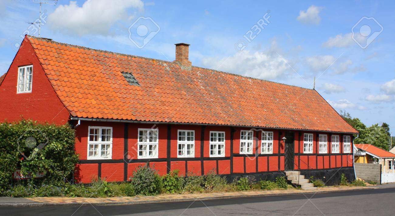 Holzrahmenhaus Auf Der Insel Bornholm. Dänemark Lizenzfreie Fotos ...